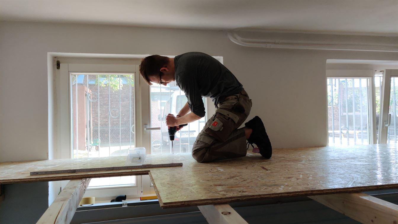 Bau der Holzplattform